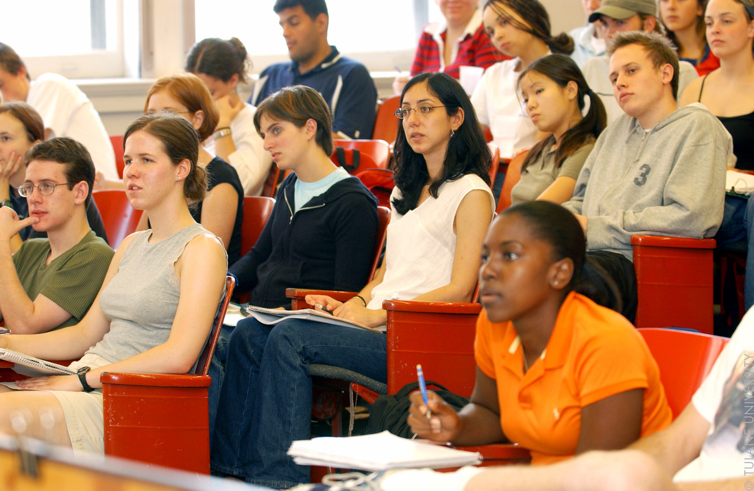 <b>New America Releases Survey Showing Strong Support for Community Colleges</b>
