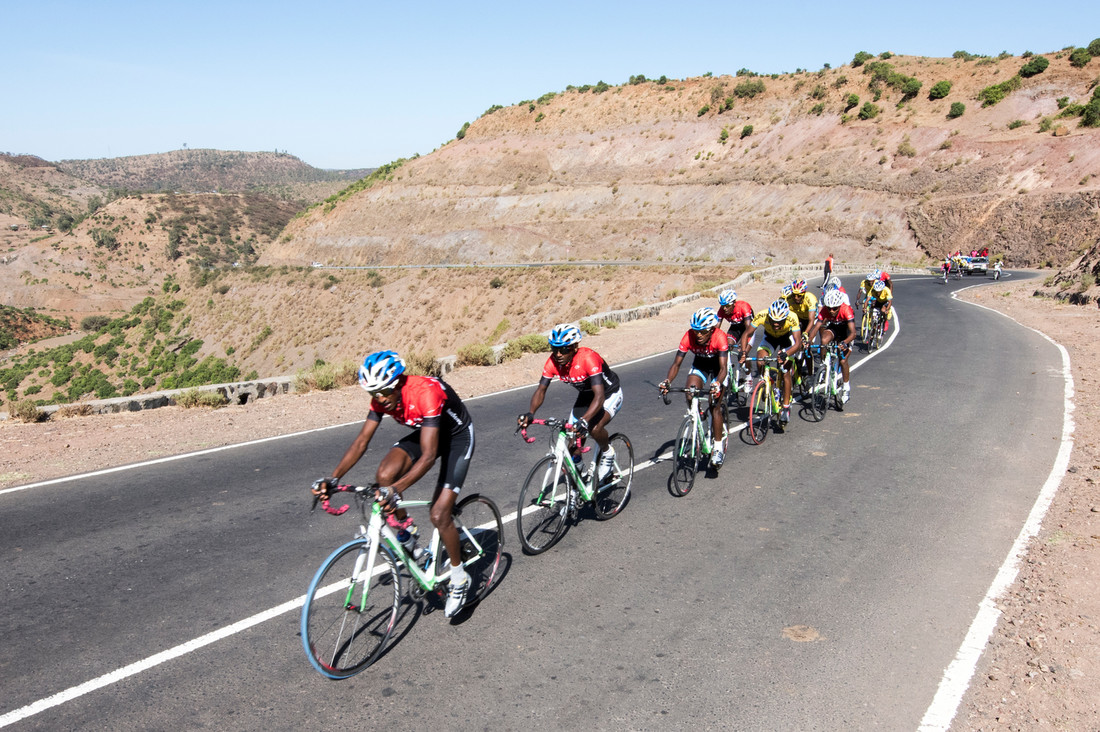 so15_ethiopian_cycling_02.jpg