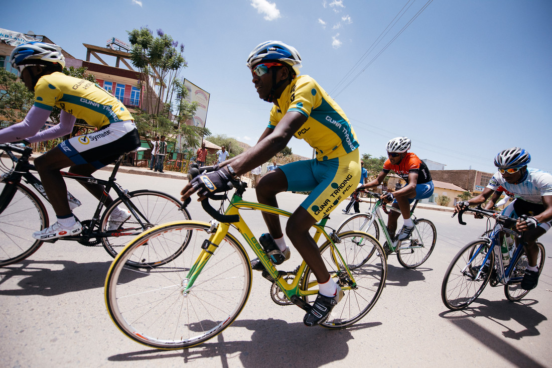 so15_ethiopian_cycling_03.jpg