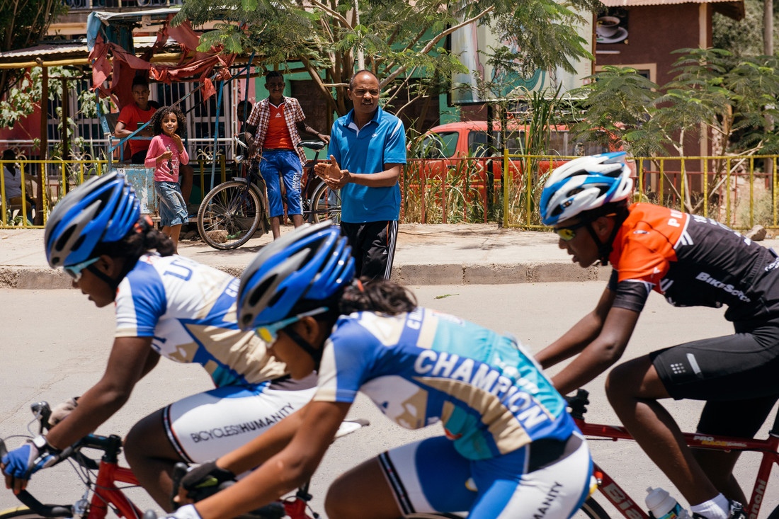so15_ethiopian_cycling_05.jpg