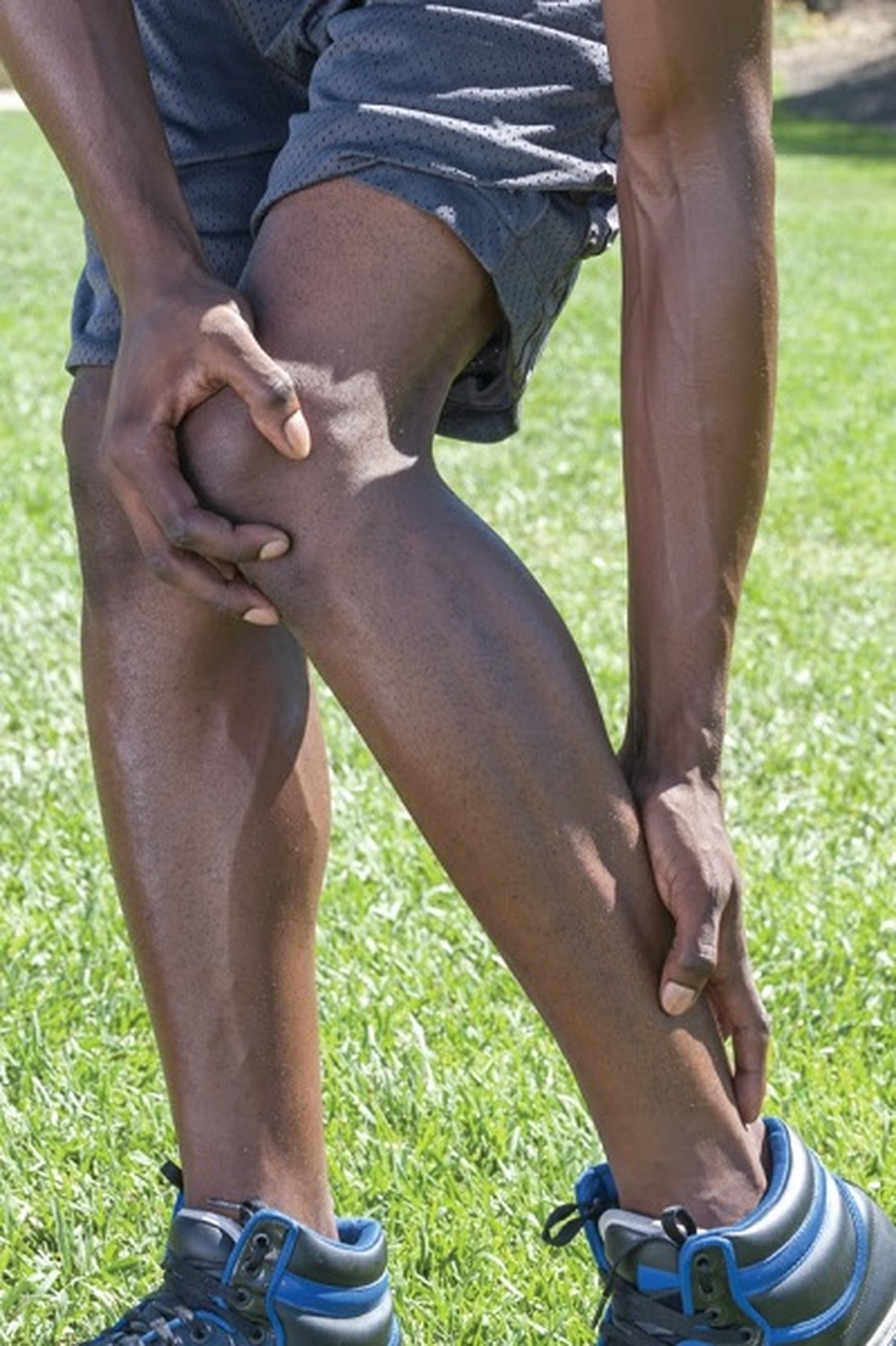 What is a tendinitis, and how is the condition treated?
