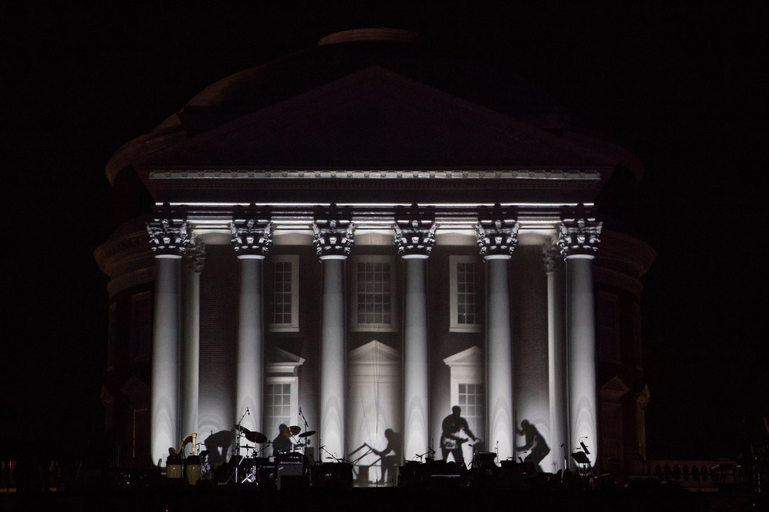 Projection Mapping of Enslaved Laborers building UVA's Rotunda